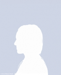https://evamariaraab.com/files/gimgs/th-81_web_younic_eva_maria_raab_n55.jpg